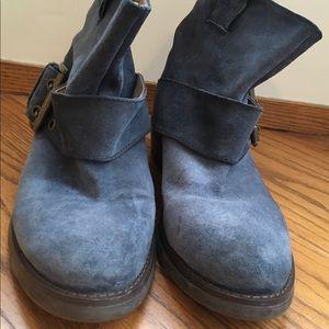 Nine West Flat Booties Blue. Size 7